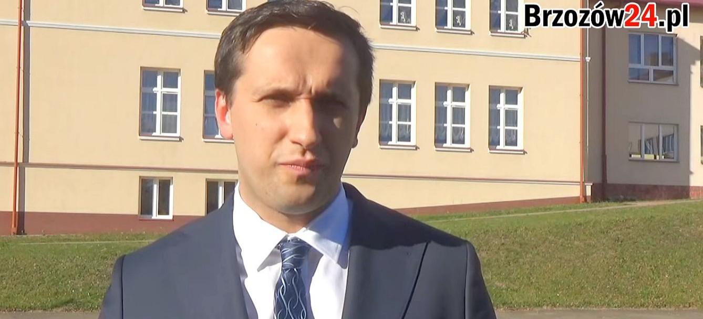 Życzenia Szymona Stapińskiego, kandydata na urząd burmistrza Brzozowa dla pracowników oświaty (VIDEO)