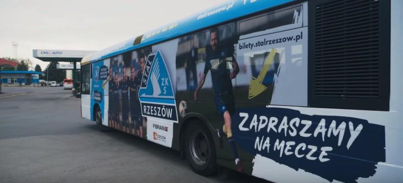 Autobus MPK w barwach rzeszowskiej Stali (WIDEO)