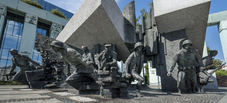 77. rocznica wybuchu Powstania Warszawskiego. Największa operacja militarna Armii Krajowej