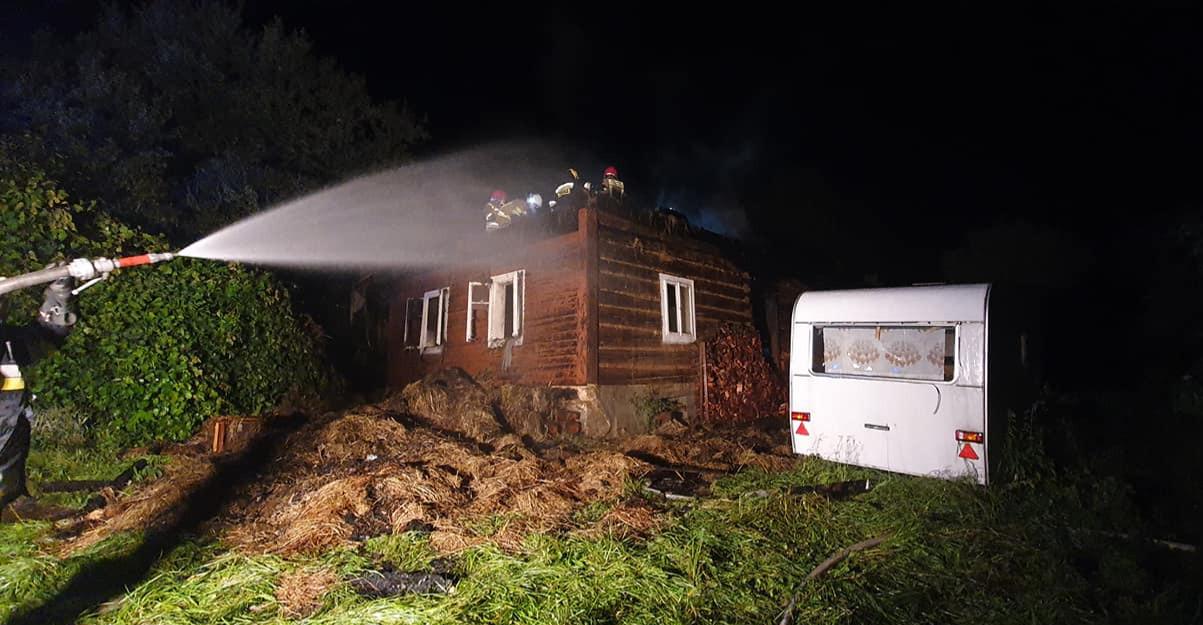 Pożar budynku mieszkalnego w Golcowej (ZDJĘCIA)