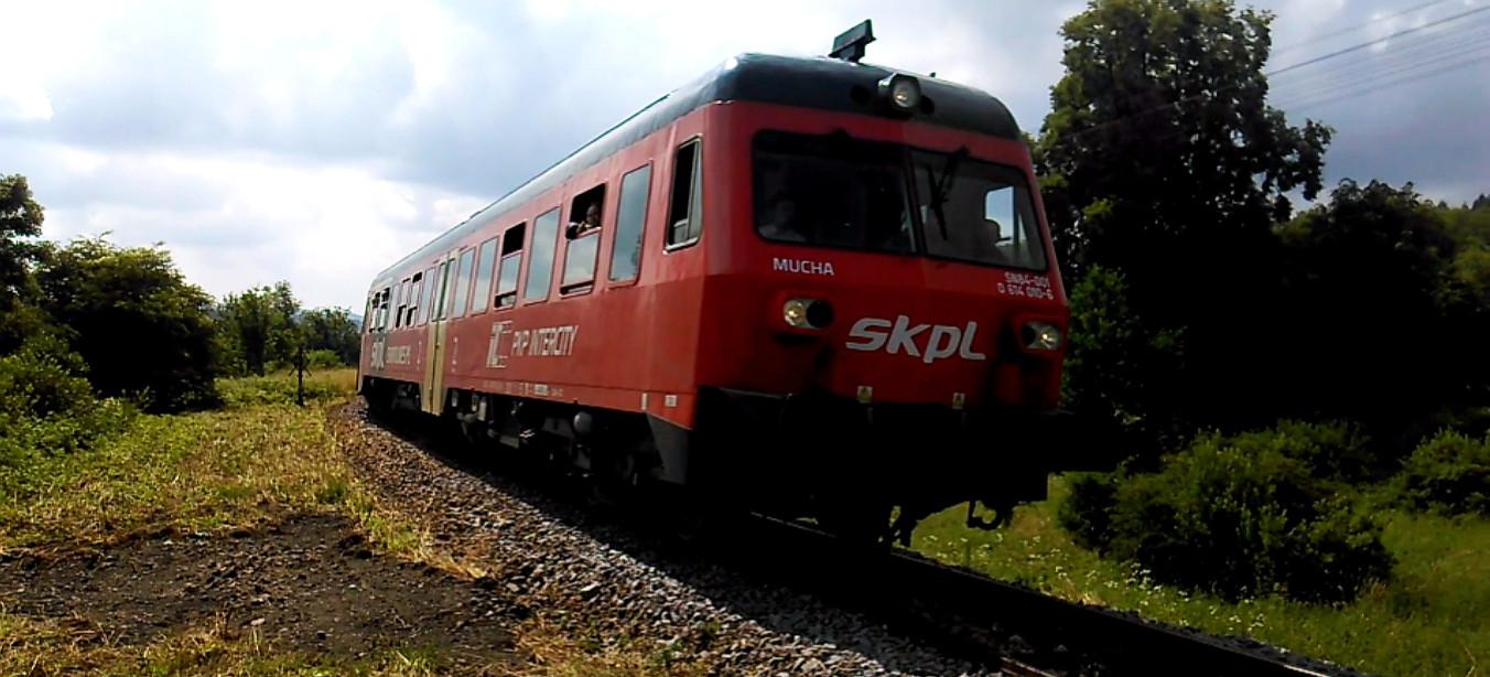 Ruszył wakacyjny pociąg! Z Uherzec do Krakowa! (VIDEO)