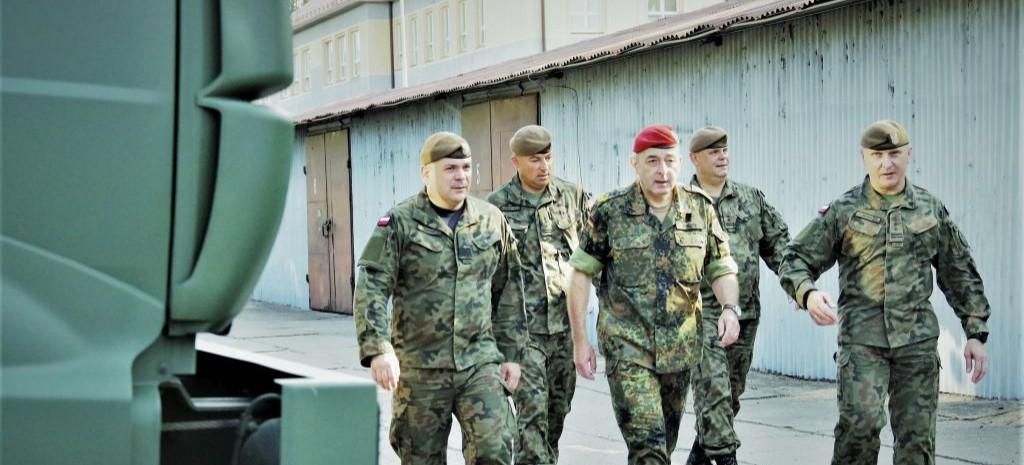Niemiecki dowódca Wojsk Obrony Terytorialnej u podkarpackich Terytorialsów (FOTO)