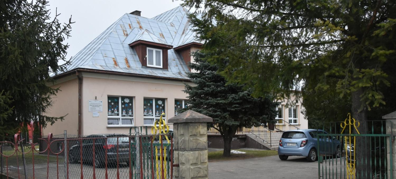 Przeniesienie przedszkola w Humniskach. Korzyści dla najmłodszych (VIDEO)