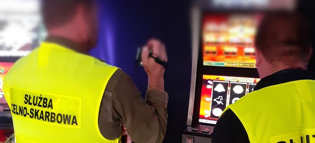 Walka z podziemiem hazardowym. Zatrzymano 9 nielegalnych automatów