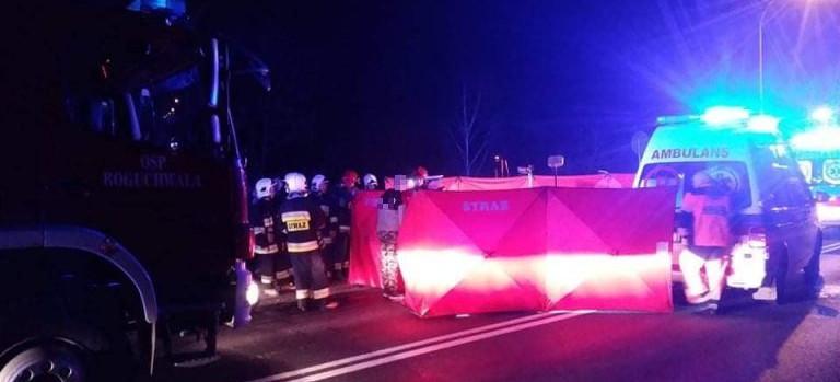 18-latek najechał na leżącego na jezdni mężczyznę. 50-latek zmarł