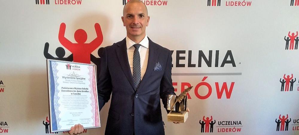 """PWSZ w Sanoku po raz piąty z certyfikatem """"Uczelnia Liderów"""""""