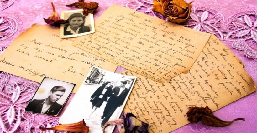 """RZESZÓW. """"Przeszłość w pamiątkach ukryta"""". Digitalizacja pamiątek rodzinnych"""
