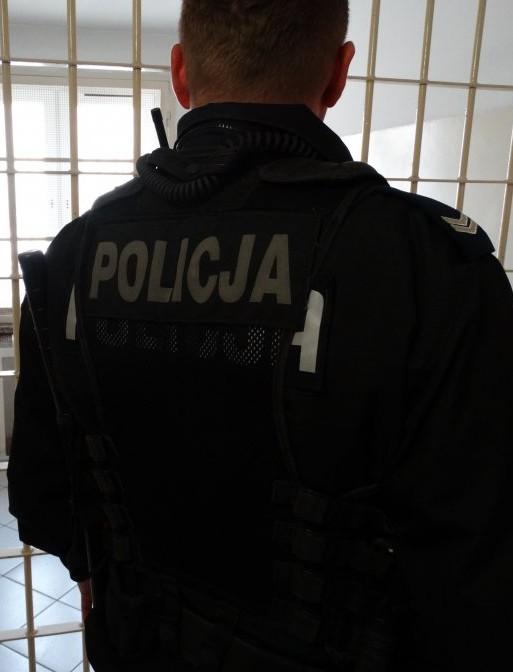 Zatrzymano dwie osoby poszukiwane przez policję