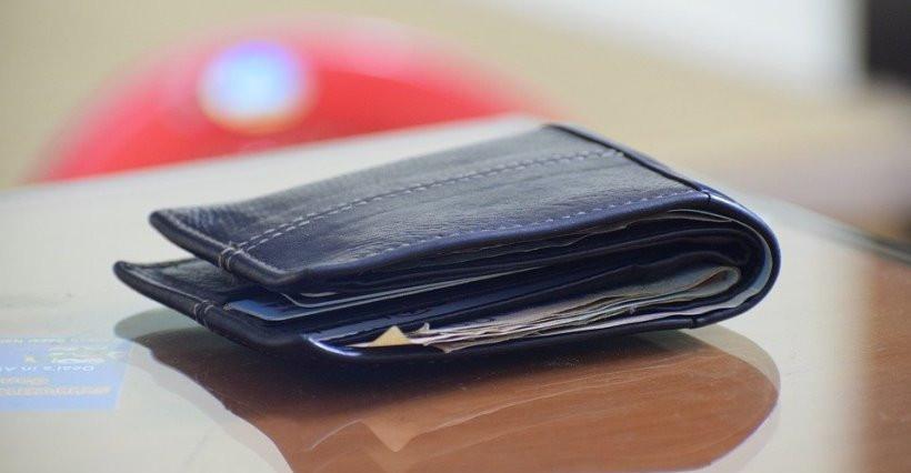 TYCZYN. 49-latek przywłaszczył zgubiony portfel