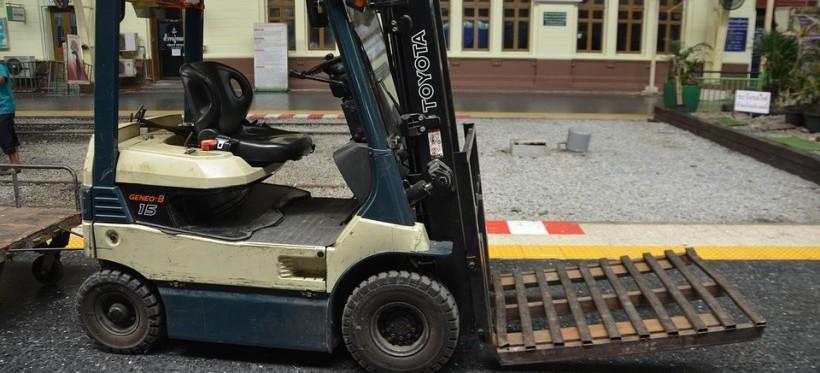 RZESZÓW. Tragiczny wypadek! Nie żyje 60-latek przygnieciony przez wózek widłowy