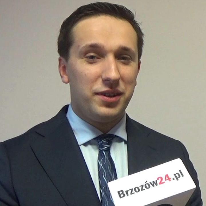 O szkalujących ulotkach, debacie i sytuacji w PGK rozmawiamy z Szymonem Stapińskim, kandydatem na burmistrza (WYWIAD, VIDEO)