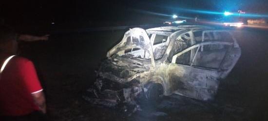 Pożar samochodu w Borku Wielkim (ZDJECIA)