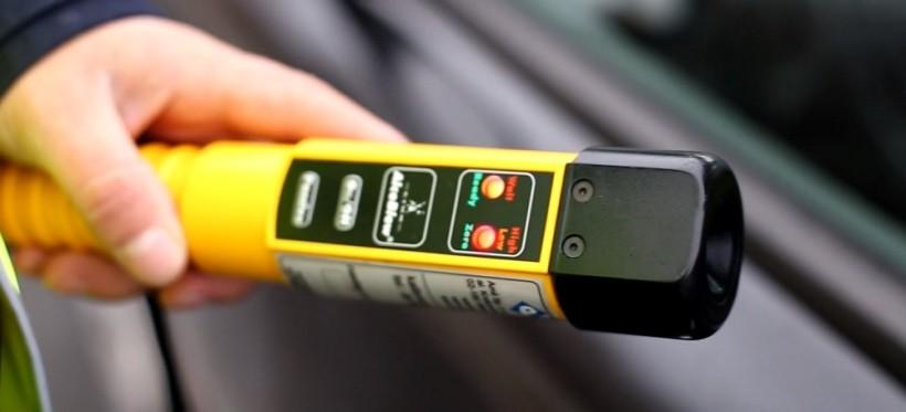 NOWA WIEŚ: Policjant poza służbą zatrzymał pijanego kierowcę