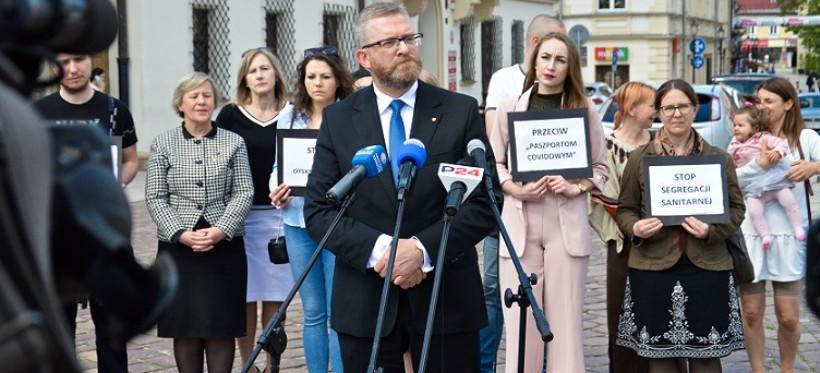 Grzegorz Braun: W Rzeszowie nie będzie segregacji sanitarnej (VIDEO, ZDJĘCIA)