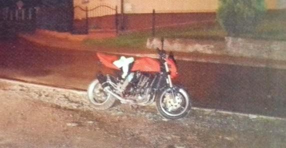 21-latek próbował ukraść motocykl Kawasaki spod jednego z bloków (FOTO)