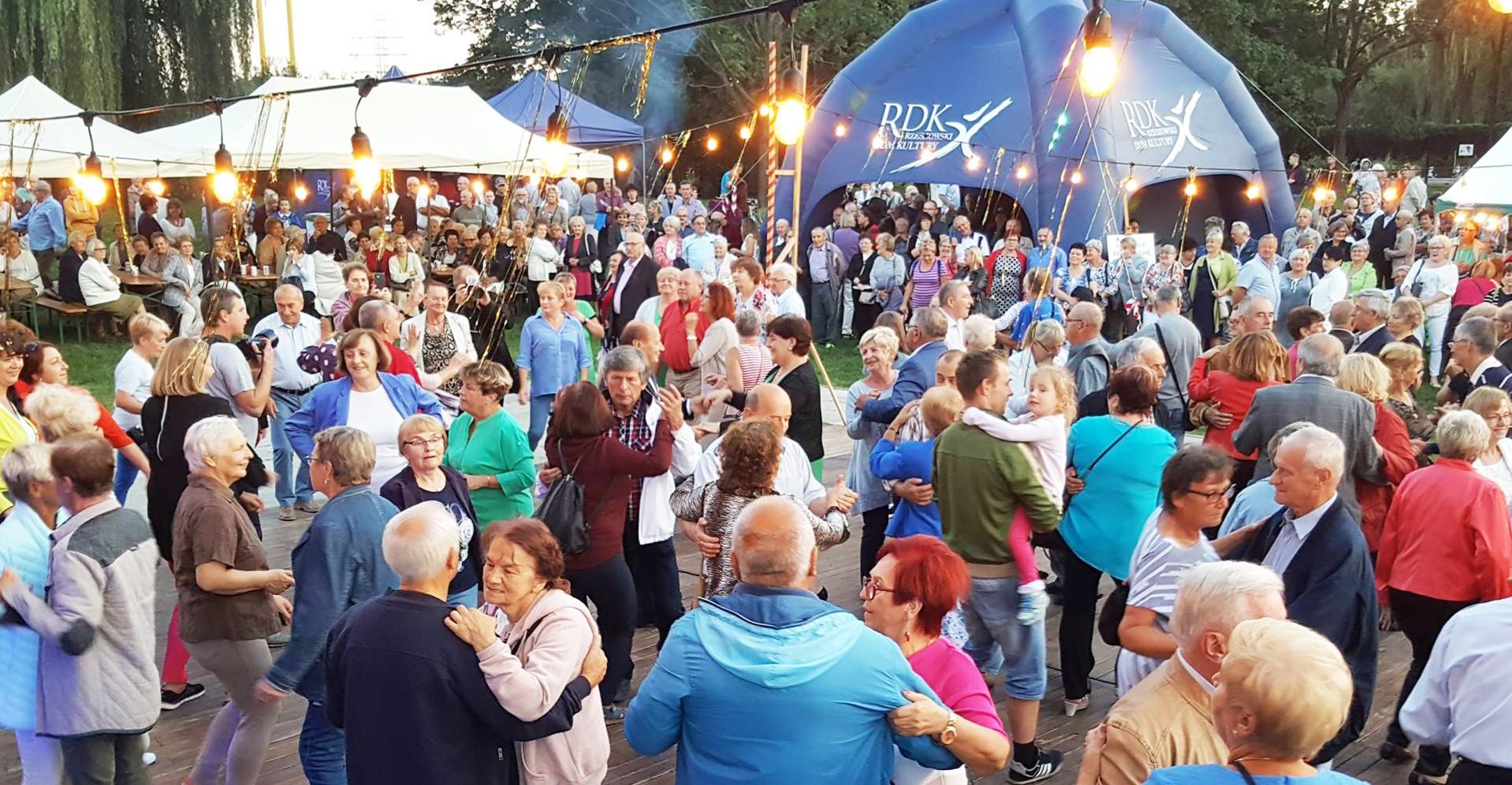 SOBOTA: Potańcówka dla seniorów po raz piąty!