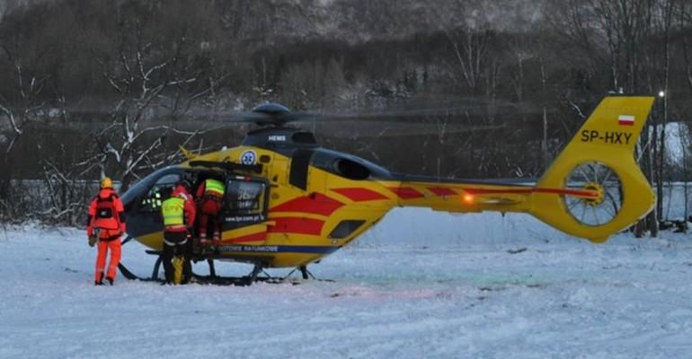 Akcja ratunkowa w Bieszczadach. Brnęli w śniegu po pas!
