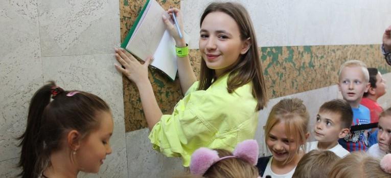 """""""Bezpieczna droga do szkoły"""" z Anią Dąbrowską"""