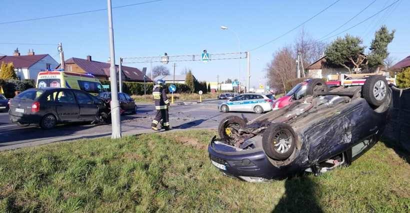 Wypadek w Trzebownisku! Cztery osoby ranne (FOTO)