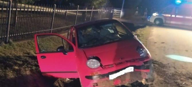 WZDÓW: Pijany spowodował wypadek i uciekł z miejsca (ZDJĘCIA)