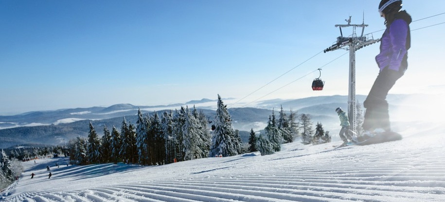 POLSKA. Stoki narciarskie otwarte, a pensjonaty nie!