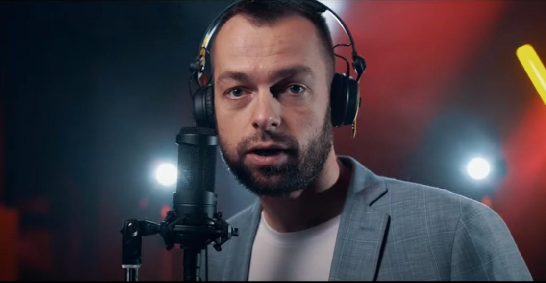 Burmistrz Ustrzyk rapuje. #hot16challenge o Małym Królu (VIDEO)