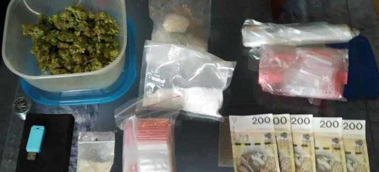 Marihuana i mefedron w mieszkaniu 27-latka (FOTO)