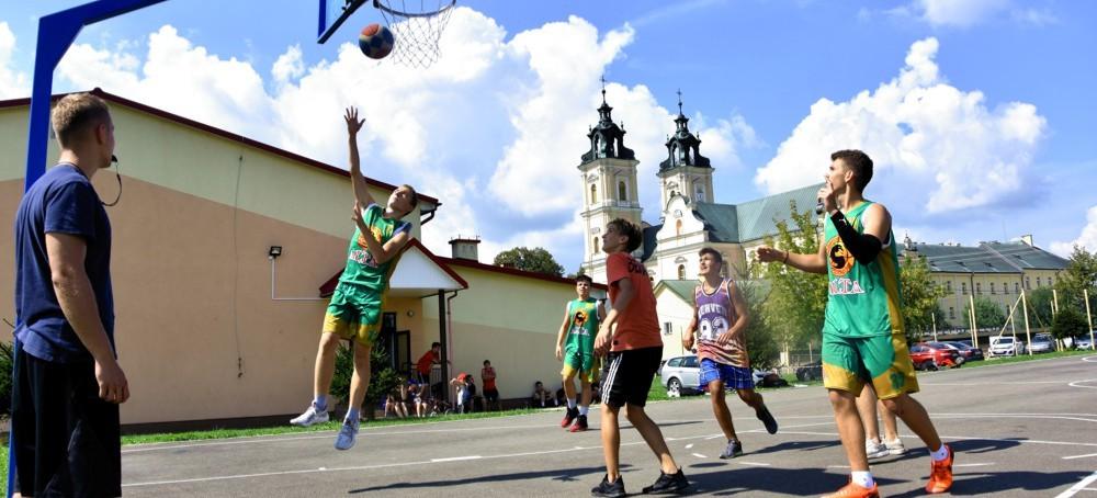 Streetball Mrówka CUP w Starej Wsi (RELACJA, ZDJĘCIA)