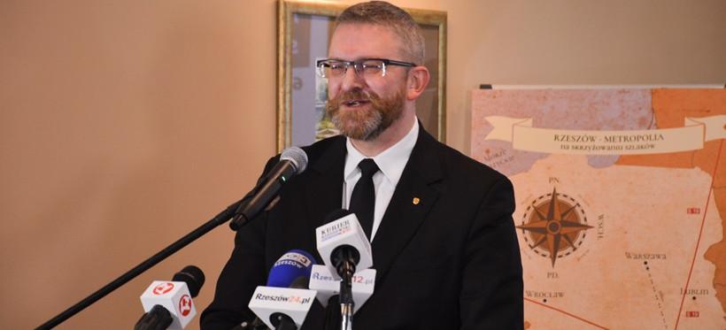 Grzegorz Braun wystąpi do NIK o kontrolę podkarpackiej służby zdrowia