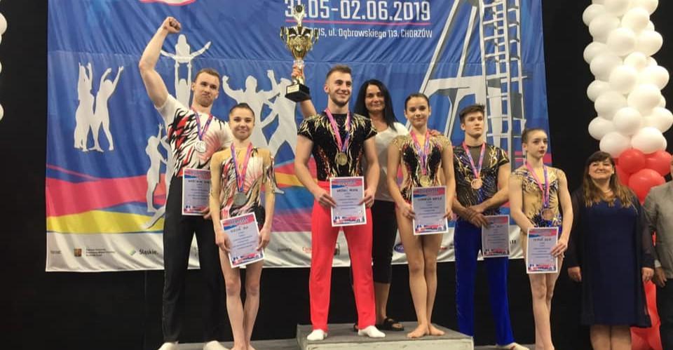 Świetne występy rzeszowskich akrobatów na mistrzostwach Polski w Chorzowie!
