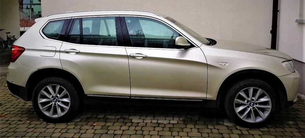 GRANICA: Fałszywy dowód rejestracyjny i kradzione BMW