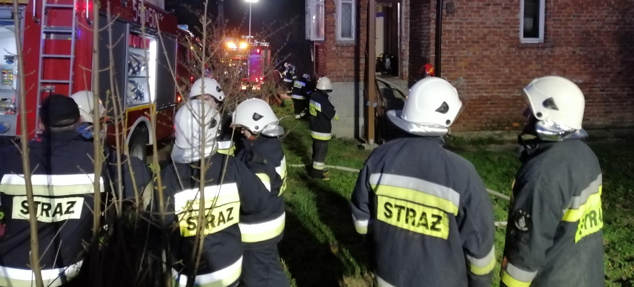 Wybuch gazu w domu jednorodzinnym! Poparzona osoba (ZDJĘCIA)