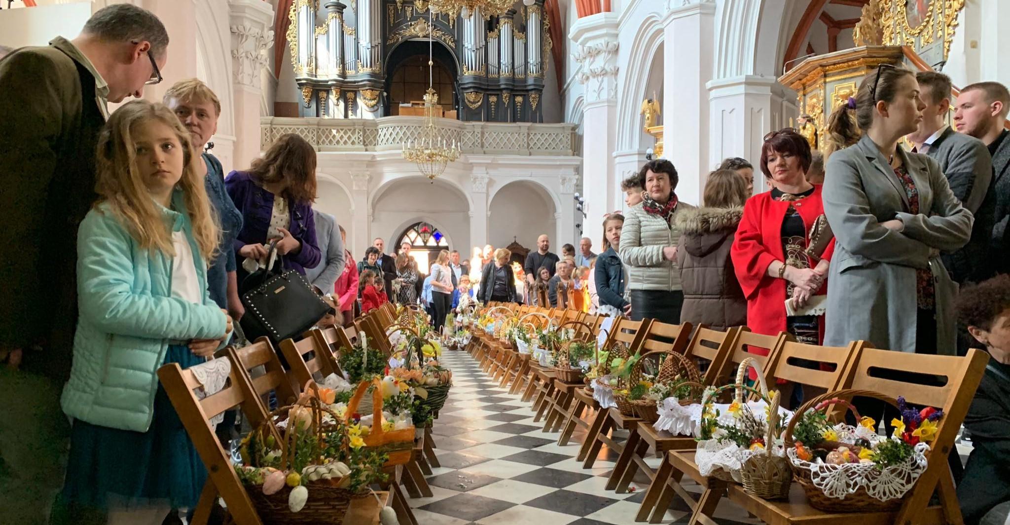 Zmiana warty Straży Grobowej w Sanktuarium Grobu Bożego w Przeworsku (VIDEO)