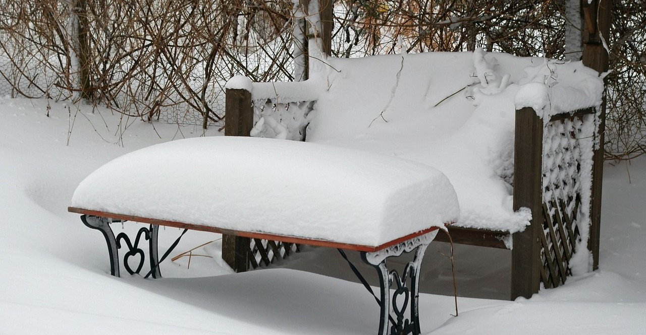 Leżała twarzą w zaspie śnieżnej i nie oddychała
