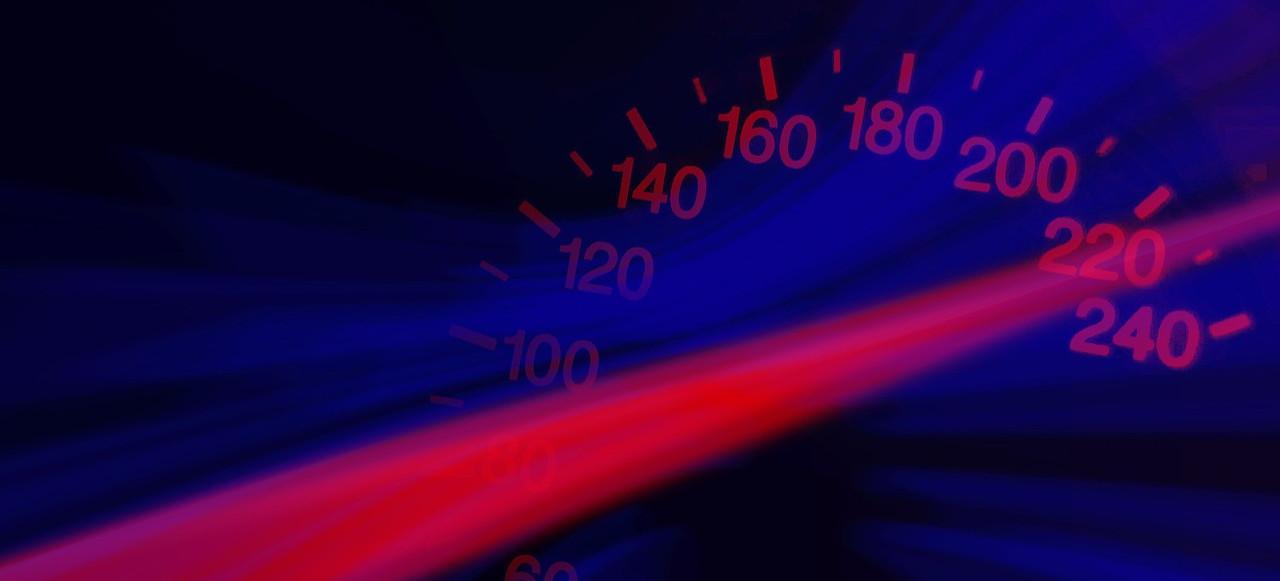 162 km/h w terenie zabudowanym!