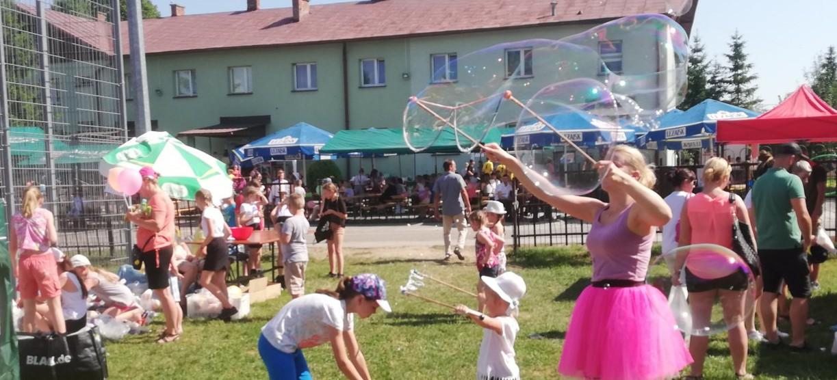 Świetna zabawa podczas festynu strażackiego w Pobiednie (FOTORELACJA)