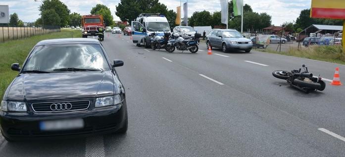 Nie ustąpił pierwszeństwa. 35-letni motocyklista wylądował w szpitalu (ZDJĘCIA)