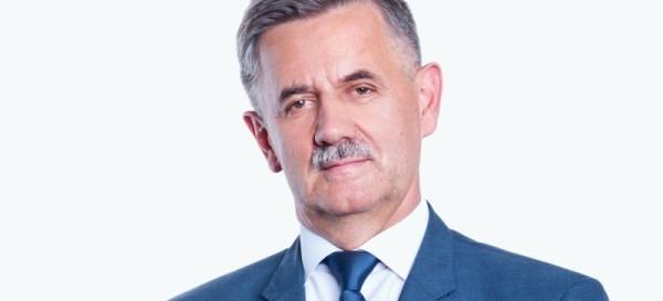 """""""Na zaufanie wyborców trzeba sobie zapracować"""" Rozmowa z Józefem Jodłowskim, Starostą Rzeszowskim"""