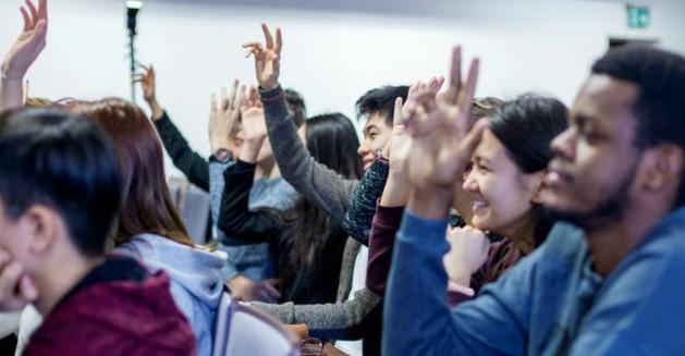 Obawiasz się studiować po angielsku? Mamy rozwiązanie!
