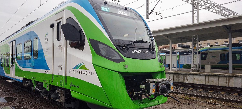 Potężne pieniądze na kolej pod Rzeszowem. Pięć linii, komfortowe pociągi (VIDEO, ZDJĘCIA)