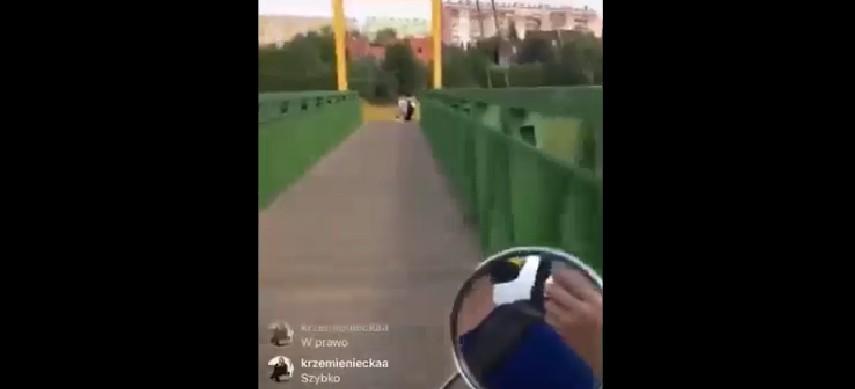 Jeździli skuterem miejskim po ścieżkach dla rowerów i zaczepiali przechodniów! (WIDEO)