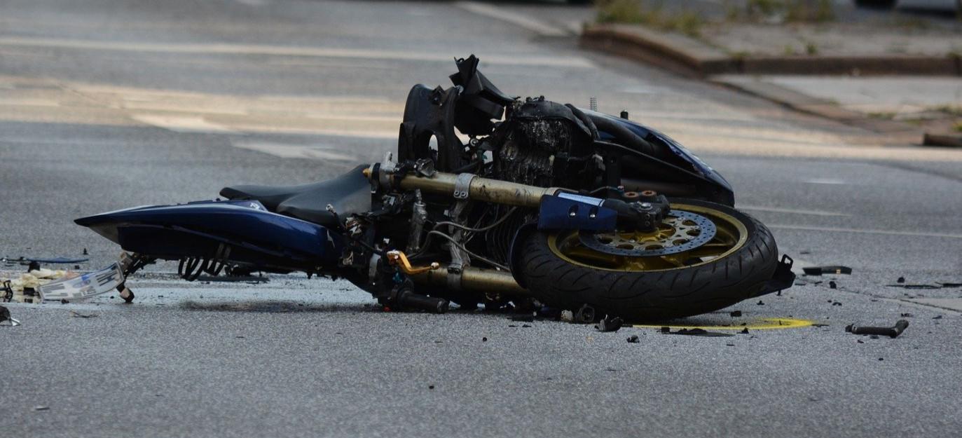 Śmiertelny wypadek. Nie żyje 22-letni motocyklista