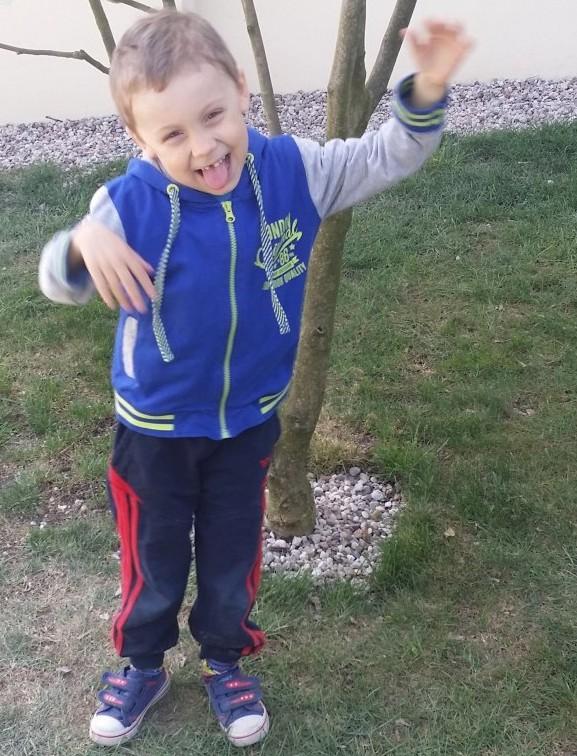 UDOSTĘPNIJ NA FACEBOOK: Policjanci poszukują 5-letniego Dawida Żukowskiego (ZDJĘCIA)