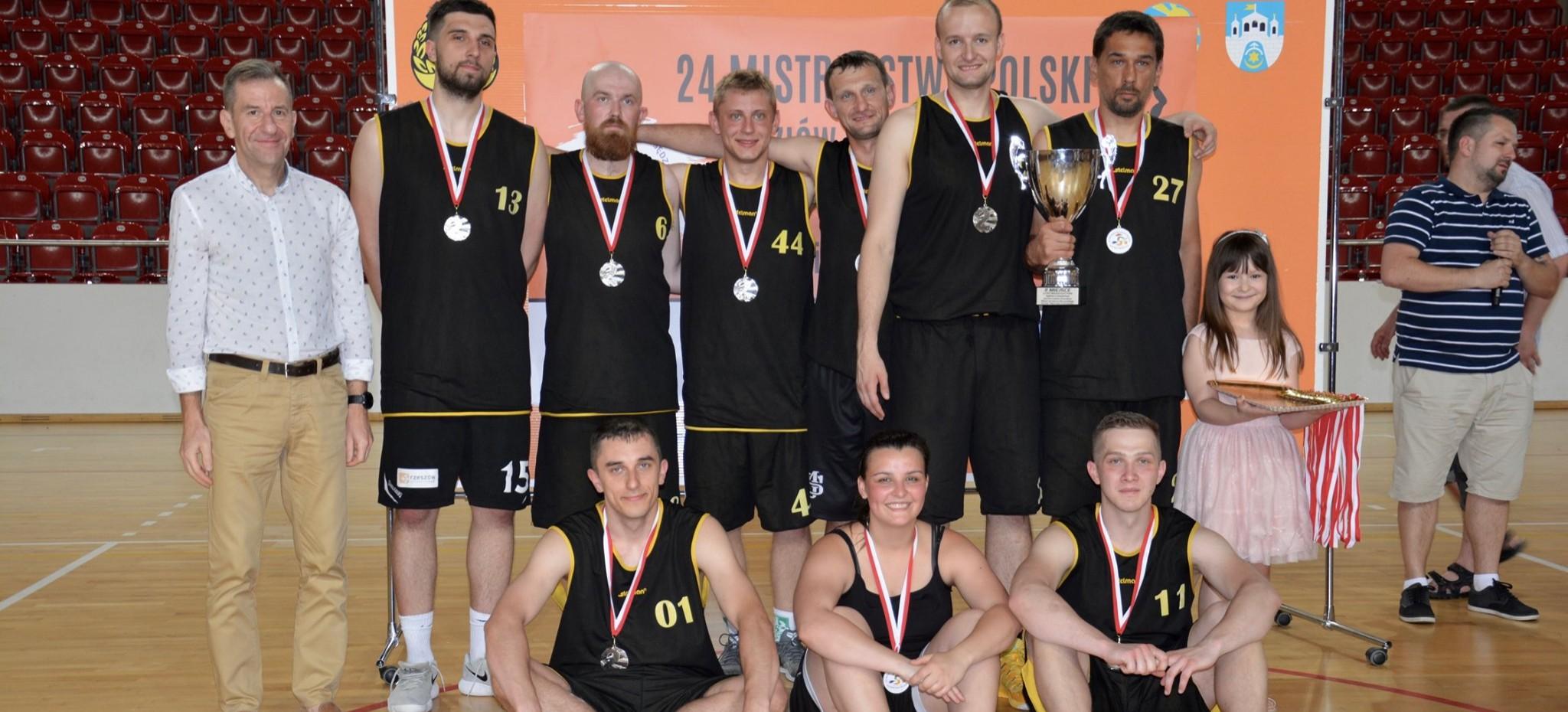 Rzeszowscy sędziowie koszykówki ze srebrem mistrzostw Polski!