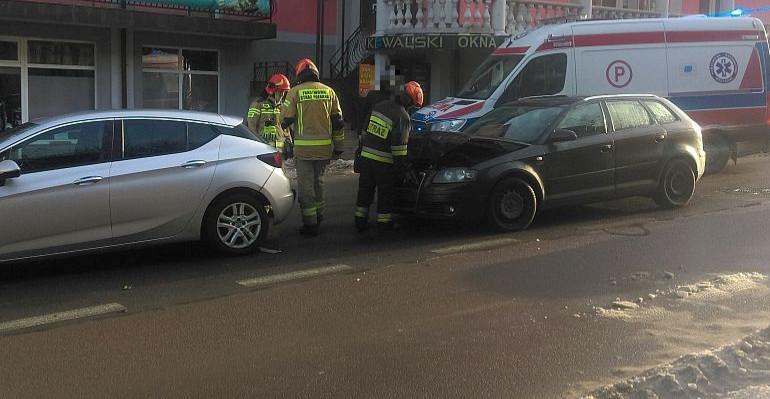 Zdarzenie w okolicach przejścia dla pieszych. Jedna osoba poszkodowana (VIDEO, ZDJĘCIA)
