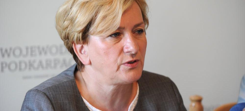 AKTUALIZACJA: Ponad 500 pielęgniarek na zwolnieniach lekarskich. Wiceminister zdrowia interweniuje w Rzeszowie (FILM, ZDJĘCIA)