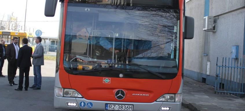 Zmiana rozkładu jazdy autobusów w związku z Rajdem Rzeszowskim