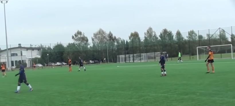 Rasistowskie zachowania wobec 14-letniego piłkarza Stali Rzeszów! (WIDEO)