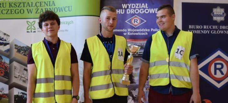 Zespół Szkół w Iwoniczu mistrzem Polski! (ZDJĘCIA)