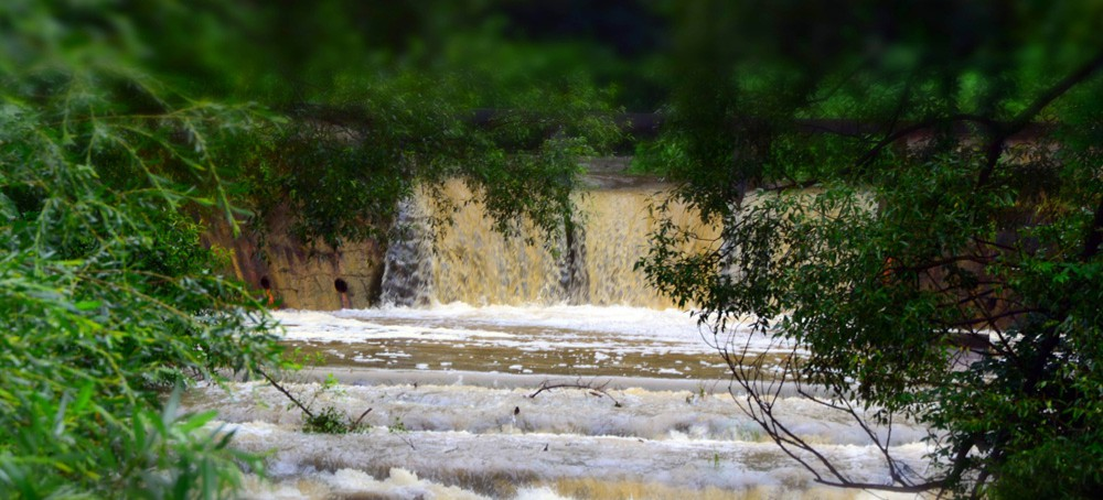 Możliwe wezbrania rzek. Ostrzeżenie IMGW